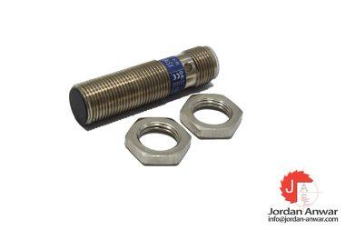 telemecanique-XS1N12PA340D-inductive-sensor