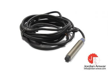 telemecanique-XS2M08MA230-inductive-sensor