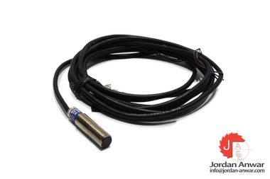 telemecanique-XS508B1PAL2-inductive-sensor