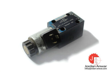 Rexroth-R900903690-solenoid-operated-directional-valve