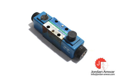 Vickers-DG4V-3S-6C-M-U-A5-60-solenoid-operated-directional-valve