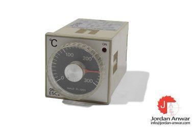 omron-E5C2-R20P-D-temperature-controller
