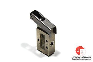 pneumax-105.32.2.1-roller-lever-valve