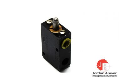 waircom-CS8-mechanical-valve