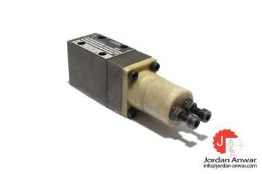 Bosch-0-811-106-033-pressure-relief-valve