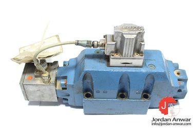 moog-d663z4747-servo-proportional-control-valve