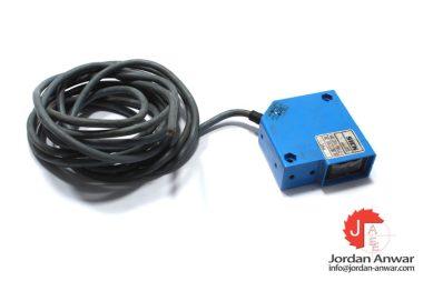 sick-WL20-912-photoelectric-sensor-used