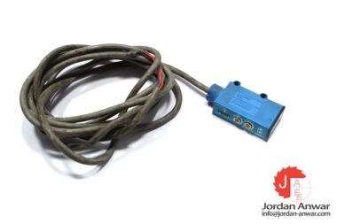 sick-WT6-P132-photoelectric-proximity-switch-used