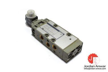Bosch-0-820-015-400-solenoid-valve
