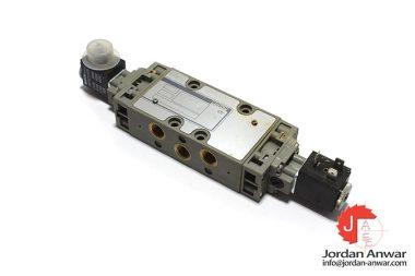 Bosch-0-820-015-801-solenoid-valve