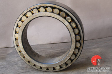 zkl-NN-3056K-P51-double-row-cylindrical-roller-bearing-1