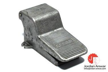 festo-8984-foot-valve