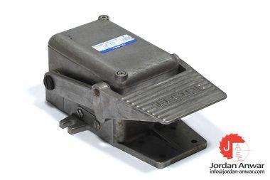 festo-8997-foot-valve