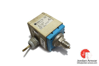 endress-hauser-PMC-133-1M1F2A6A1V-pressure-switch