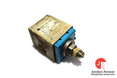 endress-hauser-PMC-133-1M1F2A6A1X-pressure-switch