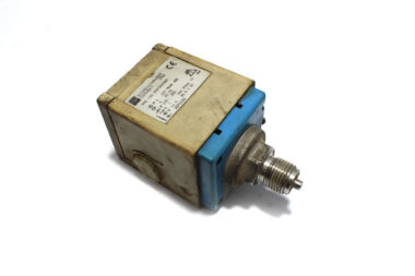 endress-hauser-PMC-133-1M1F2AD20-pressure-switch