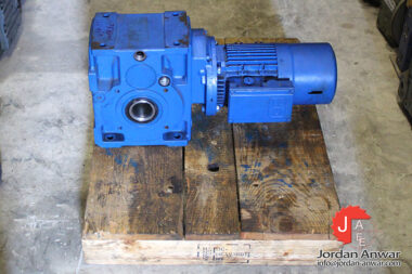 rossi-MR-ICI-100-UO3A-bevel-helical-gear-motor