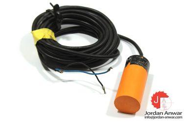 ifm-KB5204-capacitive-sensor