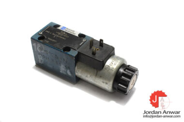 rexroth-R900561291-solenoid-operated-directional-control-valve-used