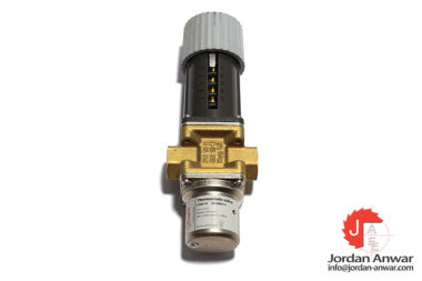 danfoss-003N8211-thermostatic-valve