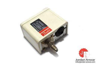danfosss-KP1-060-1101-pressure-switch