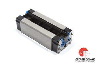 rexroth-R182322210-roller-runner-block-SLS
