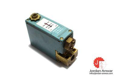 telemecanique-PXM-A11.3007-pressure-switch