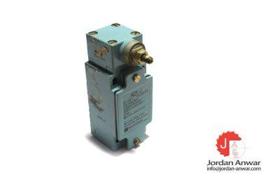 telemecanique-ZCK-J1-limit-switch-used